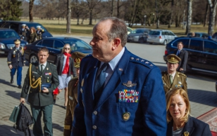 President Ilves presented Order of the Cross of Eagle to General Breedlove, Supreme Allied Commander Europe